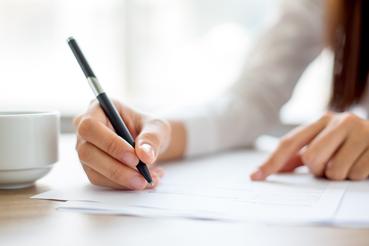 Imprimer des papiers à en-tête: professionnalisme pour le marché: Voulez-vous améliorer votre réputation? L'impression de papier à en-tête est vraiment rapide et facile sur Sprint24.