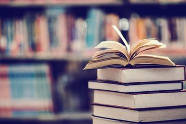 Comment réaliser un livre en papier professionnel. Excellence imprimée: Avez-vous écrit une histoire que vous souhaitez maintenant publier? Découvrez comment faire un livre en papier professionnel
