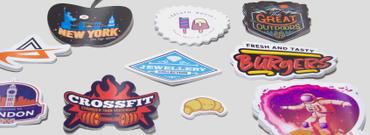 Come stampare adesivi online? Guida semplicissima!: Vuoi pubblicizzare un evento o personalizzare il tuo prodotto? Niente è più efficace degli stickers: scopri come stampare gli adesivi in modo efficace e divertente!