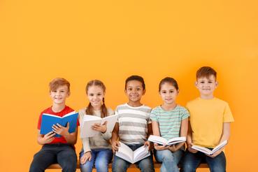 Come creare libri per bambini e stamparli online: una piccola guida: Sei uno scrittore e ami raccontare storie per i piccoli lettori? Scopri come creare un libro per bambini per dare vita alle tue avventure!