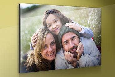 Stampa foto su vetro acrilico: Stampa foto su vetro acrilico. Con le stampe su carta fotografica Kodak su pannelli sandwich acrilico avrai la garanzia di esporre immagini nitide e d'impatto.