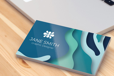 Carte de visite pour les particuliers: Voulez-vous vous faire connaître sur le lieu de travail? La première approche est très importante: imprimez vos cartes de visite pour les particuliers sur Sprint24.