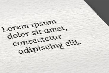 Gmund Cotton Linen Cream: Tipo: naturale Superficie: liscia Spessore: da 300 a 900 gr Usi: ideale per la stampa in letterpress di biglietti e inviti. Il suo spessore permette l'impressione a seccon con delicati effetti di alto e basso rilievo Produttore: Gmund