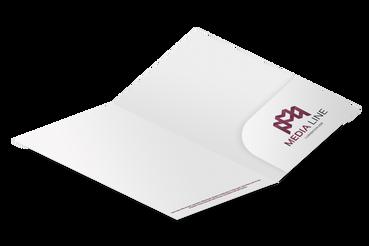 Cartelline con tasca: •  Tasca sagomata ed incollata •  4 template pronti da personalizzare •  Nella versione con dorso, per molti fogli