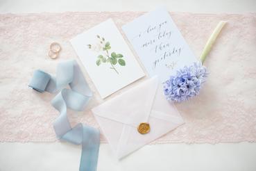 3 idee per realizzare le partecipazioni di matrimonio a Roma: Il giorno delle nozze si avvicina e mancano gli ultimi dettagli? Scopri le idee per le partecipazioni del tuo matrimonio.