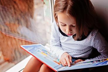 Stampa di libri cartonati per bambini: dove farla a Roma: Ti viene naturale scrivere libri di favole o realizzare dei racconti illustrati? Per raccontare la tua storia ai piccoli lettori, affidati alla stampa di libri cartonati per bambini.