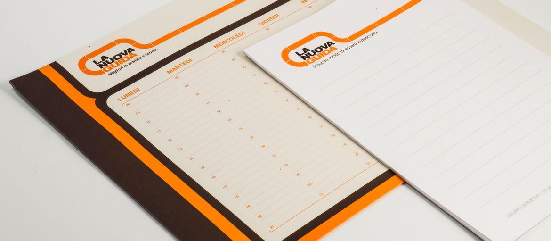 Online printing Notebooks, La Nuova Guida Planning: Print: 3 Pantone colours Paper: arcoset 90 gsm processes: top-edge gluing