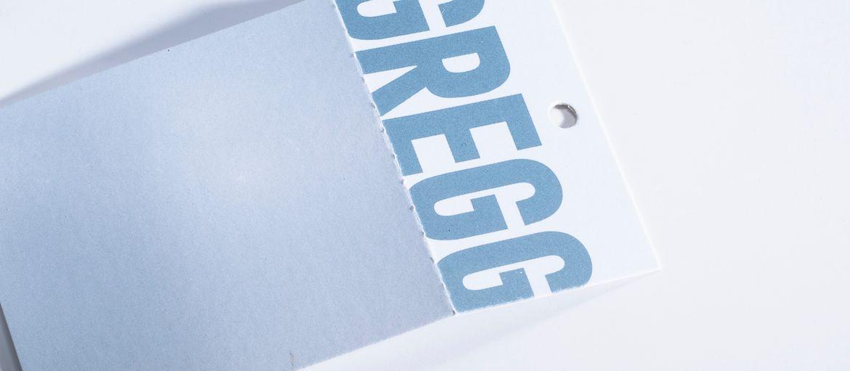 Imprimer en ligne Etiquette de prix Gregg: Impression : 2 couleurs Pantone Papier: couché mat de 400 g Façonnage : perforation ; poinçonnage