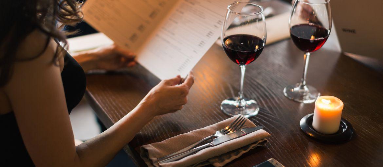 5 consigli per creare un menu da stampare: Il tuo chef ha messo a punto dei nuovi piatti? Che si tratti di un ricevimento o di una nuova apertura, scopri come creare un menu da stampare adatto a ogni occasione!