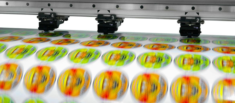 Come stampare adesivi personalizzati: Vuoi comunicare il tuo brand in modo semplice e veloce? Stampare adesivi personalizzati ti consente di arrivare dove altre forme di pubblicità non possono arrivare.