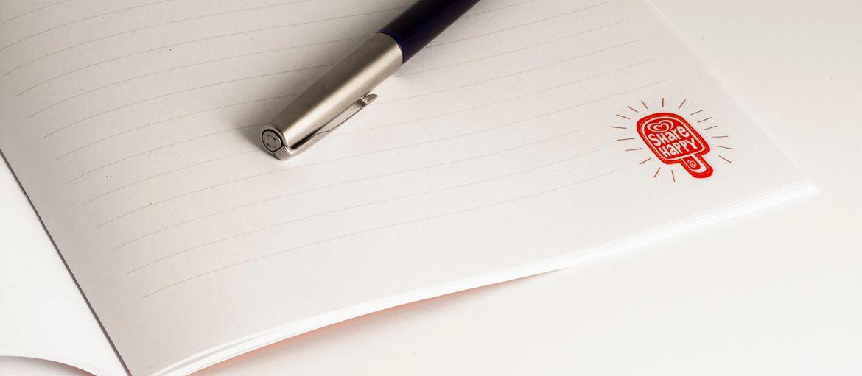 Online printing Algida Notepad: Print: 4 colours Paper inside: arcoser coated 90 gsm Cover paper: matt coated 350 gsm Processes: matt lamination; stapled (internal view)