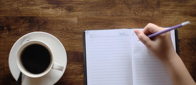 Impression bloc-notes avec couverture: Avez-vous beaucoup d'idées et de notes à noter? Découvrez le service d'impression de bloc-notes sur Sprint24.
