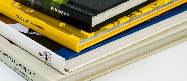 Quali sono i formati di stampa per libri: Formati di stampa per libri: scopri il formato di stampa più adatto ai tuoi prodotti editoriali. Contatta Rotostampa per i formati personalizzati.