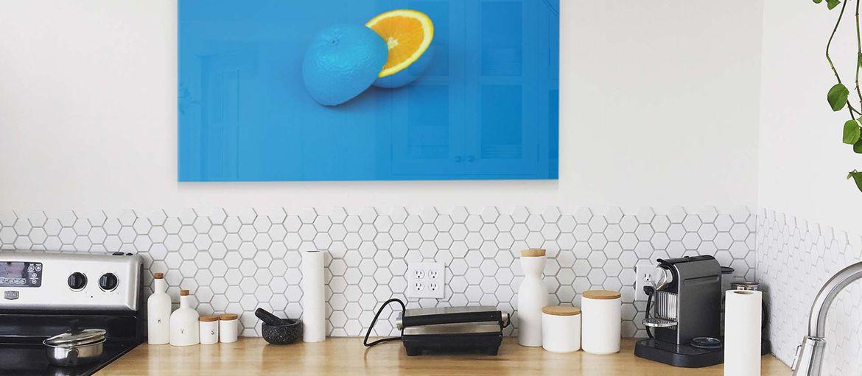 Stampa foto su vetro: idee per un arredo originale dell'ufficio: Stampa foto su vetro: scopri tantissime idee per decorare le pareti dell'ufficio o di casa con diverse modalità di stampa su vetro.