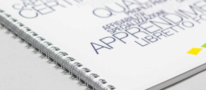 Stampa quaderni a spirale personalizzati: Se vuoi farti un regalo o un pensiero per qualcuno a cui piace scrivere, i quaderni a spirale personalizzati sono una valida idea. Ecco come realizzarli su Sprint24.
